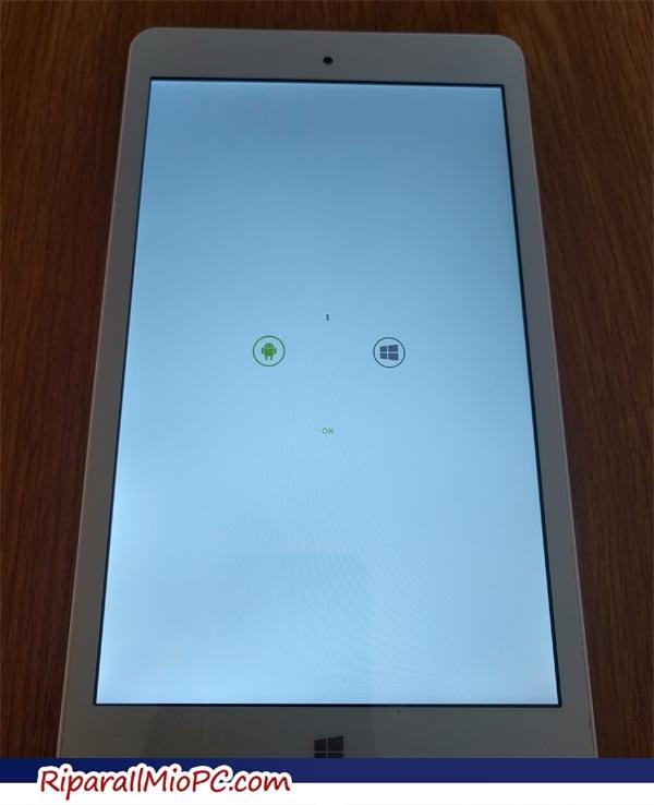 Schermata di scelta tra Windows e Android del Chuwi Hi8 PRO